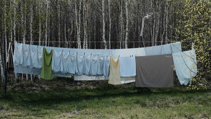Air & Sun Dry Laundry